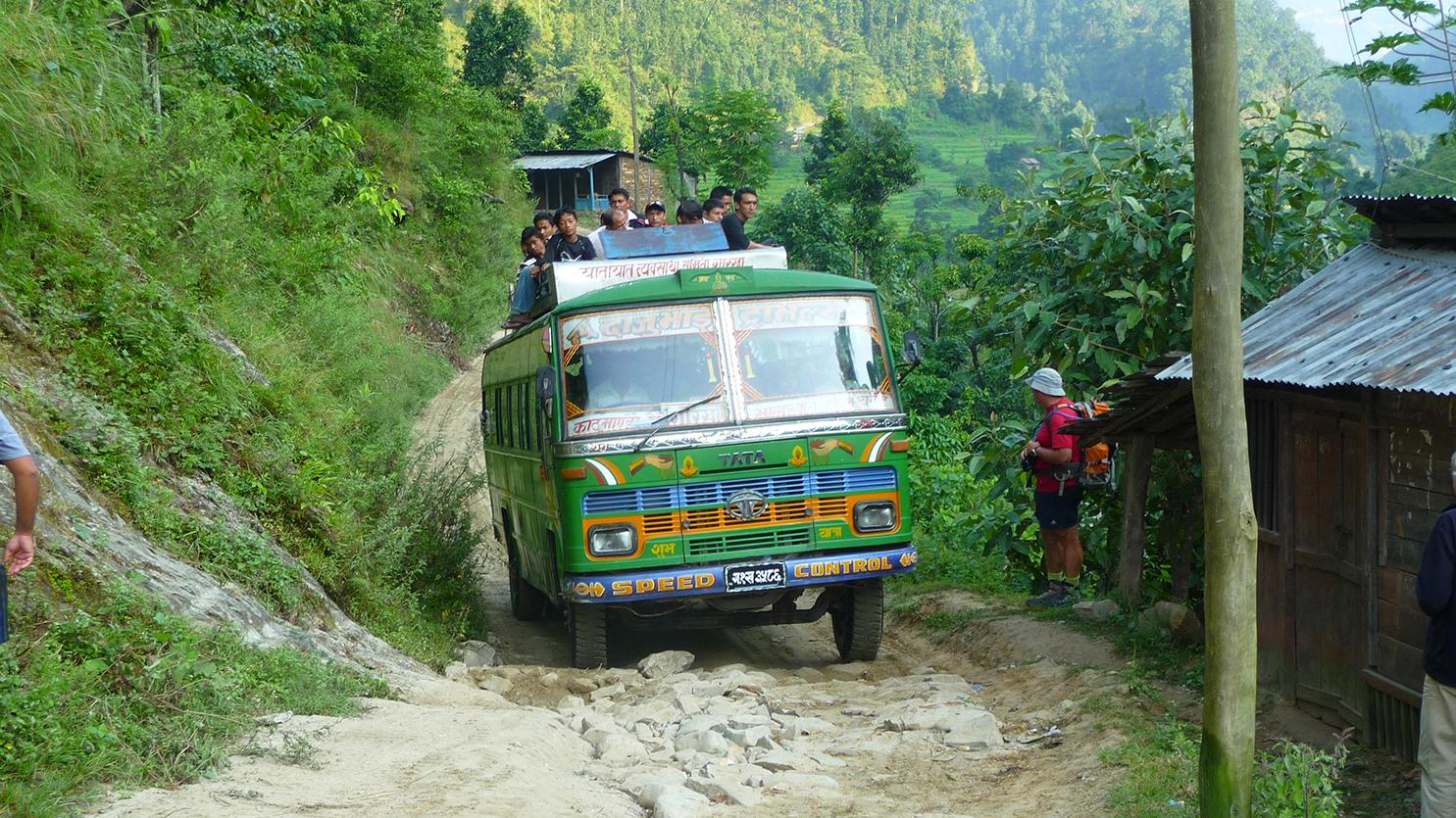 En route sur les chemins Népalais.