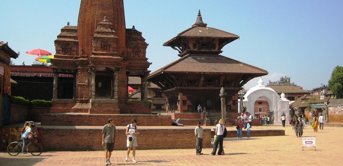 Happy Nepal Trek propose souvent ses séjours avec une journée à Katmandou avant et après le trek