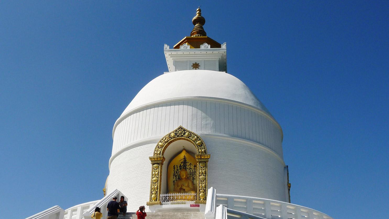World Peace Stuppa au dessus du lac de Pokhara - Annapurna - Visites, voyages...